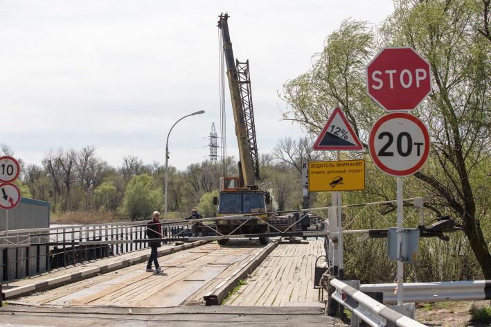 В Ростове закроют проезд по понтонному мосту на Зеленый остров - фото 1